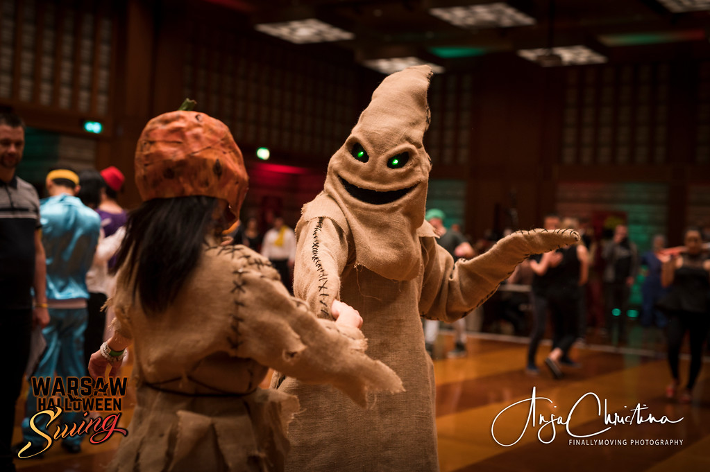 Halloween-themed competition at Warsaw Halloween Swing